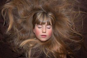 Haarwachstum anregen – Welche Hilfsmittel gibt es?