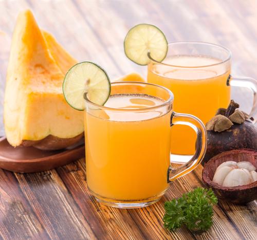 Saft aus Mangostan und Melone
