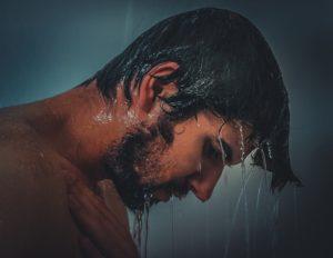 Wasser im Ohr – Welche Technik kann helfen?