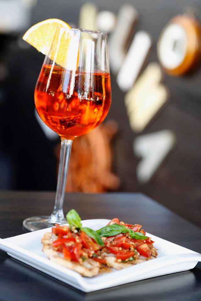 Typisch italienisches Getränk im Lima Lima Cafe und Bistro