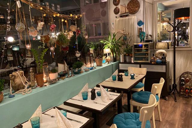 Mediterrane Einrichtung im Lima Lima Cafe und Bistro