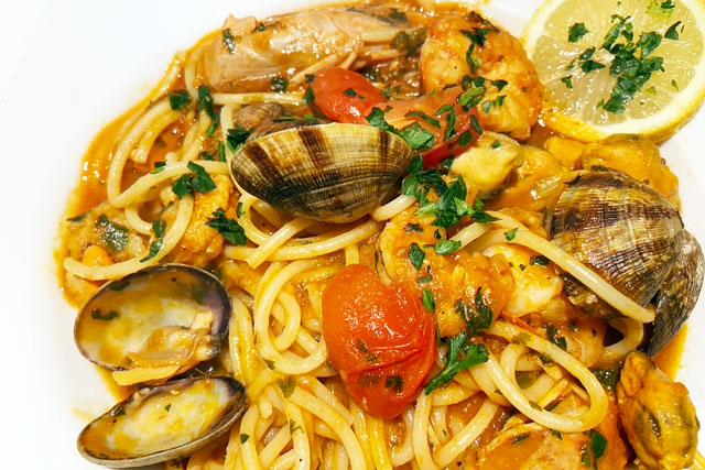 Spaghetti Vongole im Lima Lima Café und Bistro