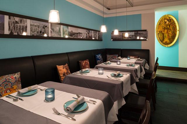 Das Restaurant Tahdig in München von innen