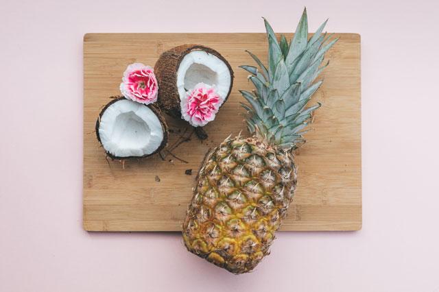 Auch Kokosnuss zählt zur Liste der Superfood Lebensmittel